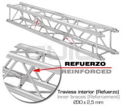 Truss of aluminum of quadrangular section of 300 x 300 mm with system of fast connection by means of bolts and conical pins.